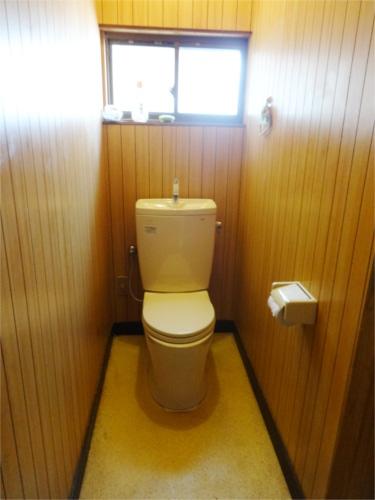 トイレ入替!お手入れもラクラク!