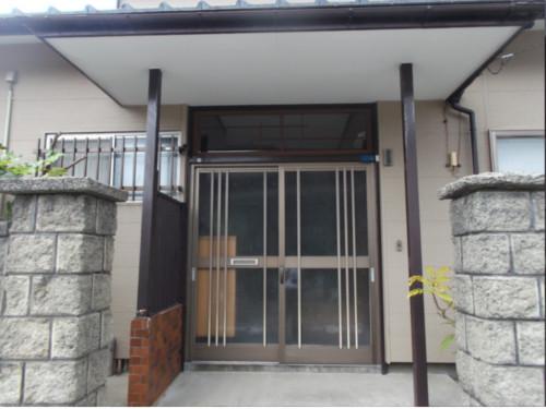 玄関廻り:施工前