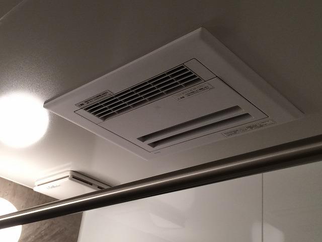 年末年始に向けて暖房機新設!!