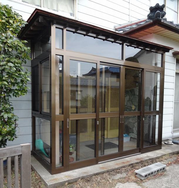 純和風の玄関に風除室を設置!断熱効果と物置代わりに!