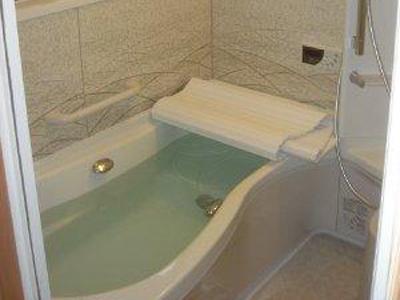 ゆったりとバスタイムを楽しむお風呂