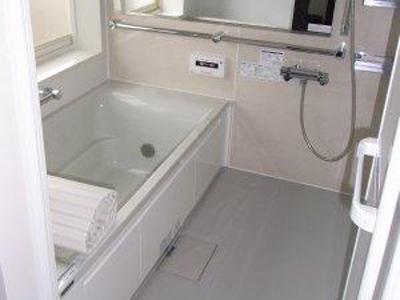 ■ 浴室改修工事 ■  システムバス工事 / 脱衣所内装工事 etc