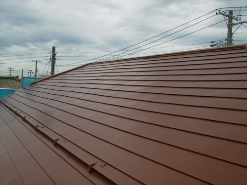 板金平葺き屋根塗装工事