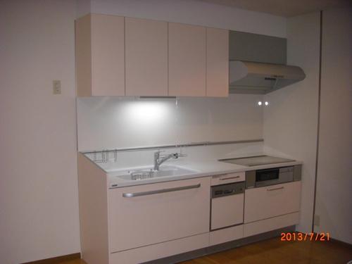 セカンドキッチンのため、幅は標準よりも小さくしましたが、こだわりのいっぱい詰まったキッチン!!機能性は通常の倍以上になったのでは・・・・good!!