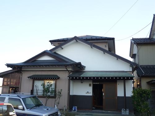 軽い屋根で地震も安心!