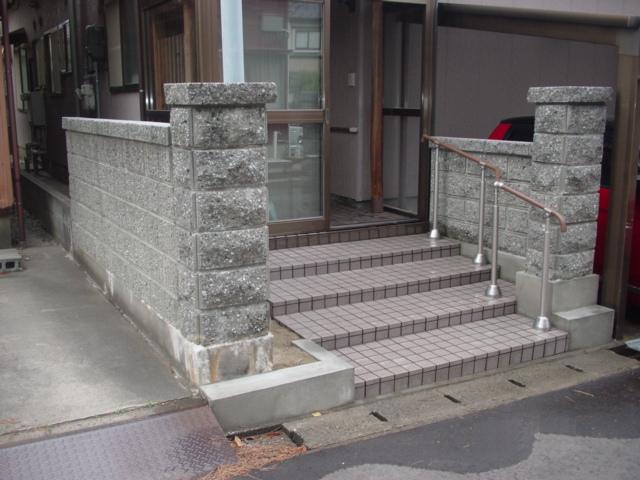 玄関前:施工後