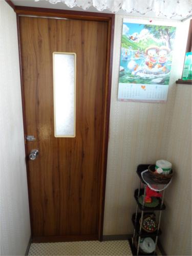 トレイ前ドア:施工前