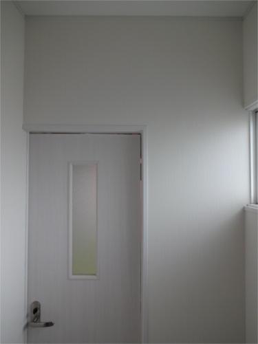 トイレ前ドア:施工後
