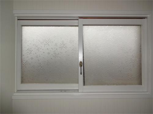 窓枠:施工後