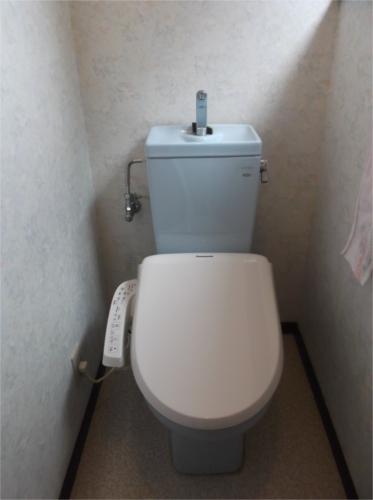 既存トイレにウォシュレット装着!