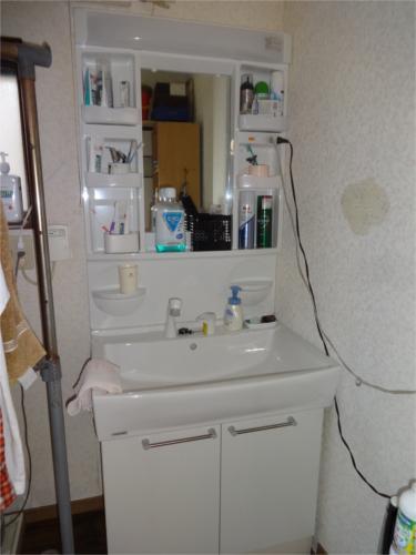 ご希望に合った洗面台を入替え工事です!
