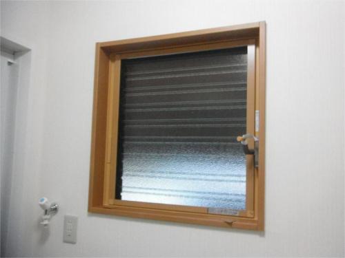 洗面窓:施工後