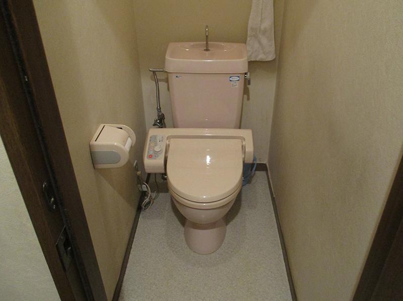 新潟市東区・トイレ交換ビフォー写真