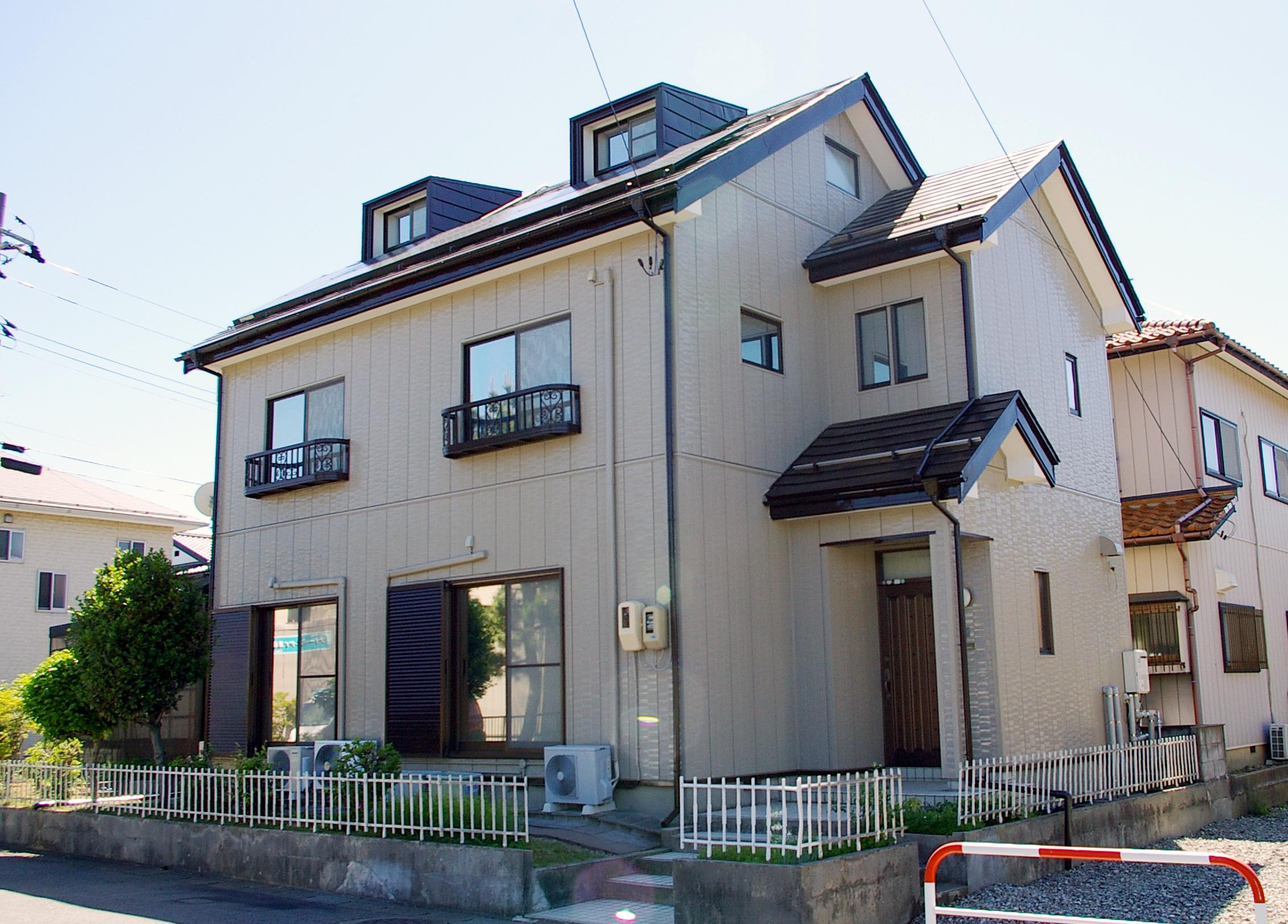 高耐候の外壁・屋根塗装