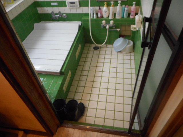 新潟市西蒲区浴室改修・ビフォー