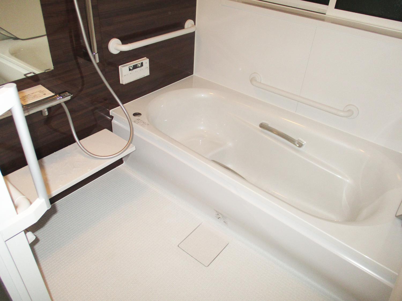 タイル張りお風呂からユニットバスへ!寒さ解消!