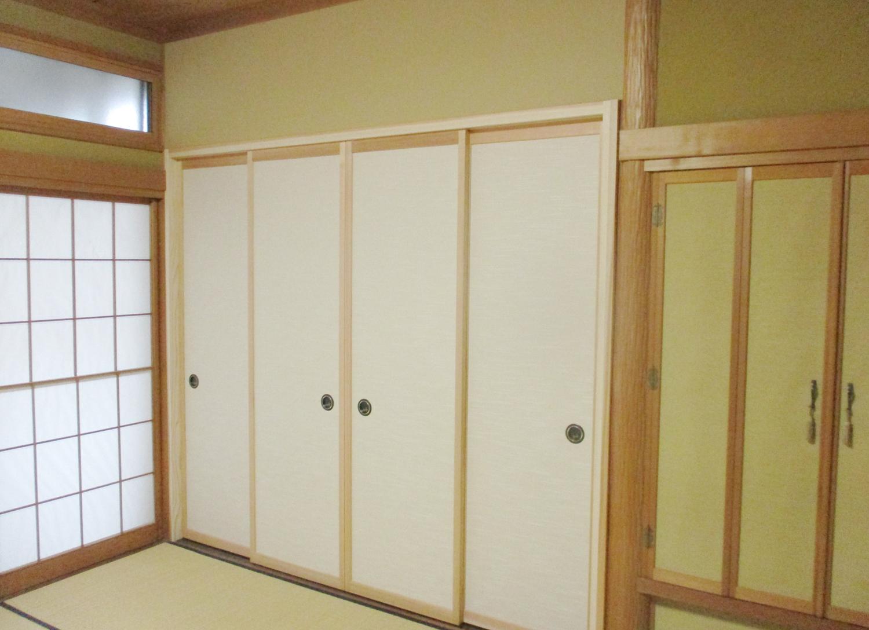 床の間に収納スペースを増設