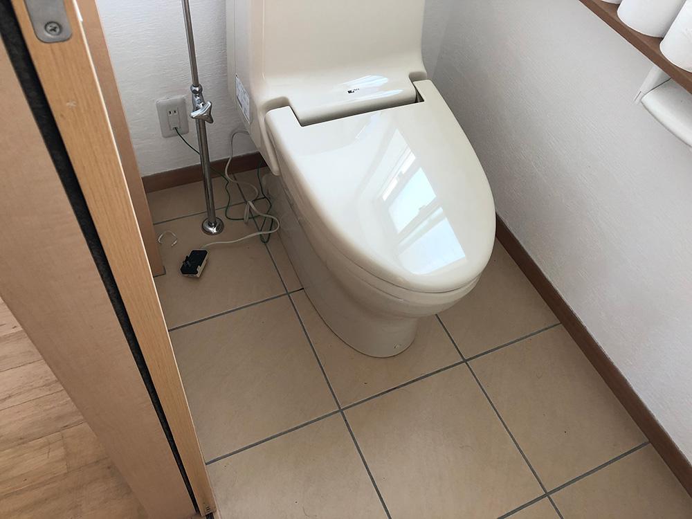 トイレ入替工事:ビフォー